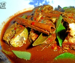 Sri lankan Red Fish Curry